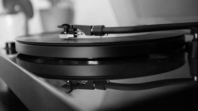 Why you should never buy a turntablist's turntables